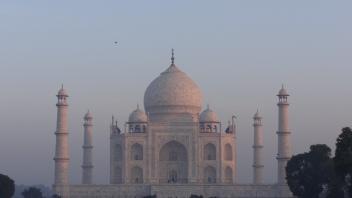 Le Taj Mahal au crépuscule