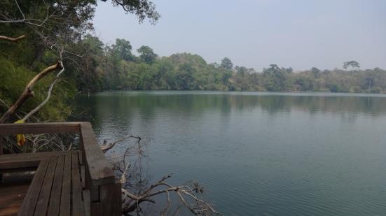 Le lac de Ban Lung