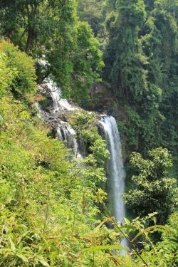 Laos - Bolov - J3 - Tad Luong (6)