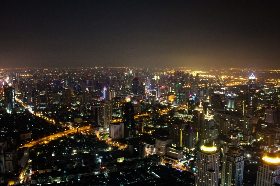 Vue depuis la Baiyoke Tower II, le plus haut gratte-ciel de Bangkok