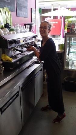 aus - aout - the new barista (8)