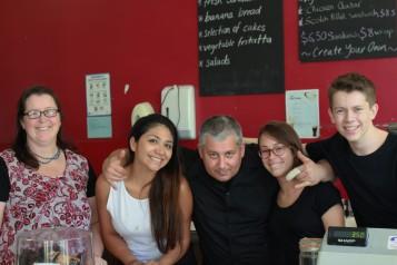 L'équipe du café Tuga : Kay, Natalia, Paolo et Andrew