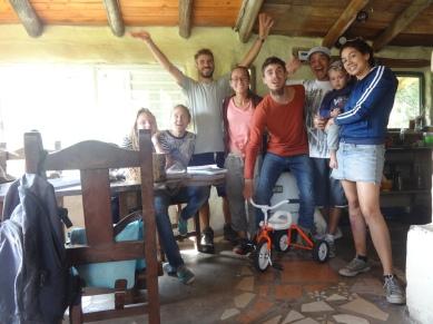 Sol, la maman, Sacha, Dante, Bangy et le petit Benicio. Des GROOOOOS Poutoux !
