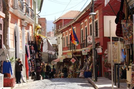 Les rues embrasées des marchés