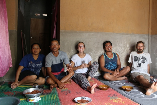 2018 - 03 - Lombok - Tetebatu Coconut Oil (25)