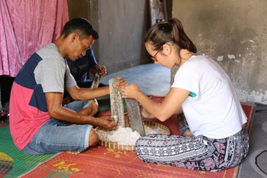 2018 - 03 - Lombok - Tetebatu Coconut Oil (9)