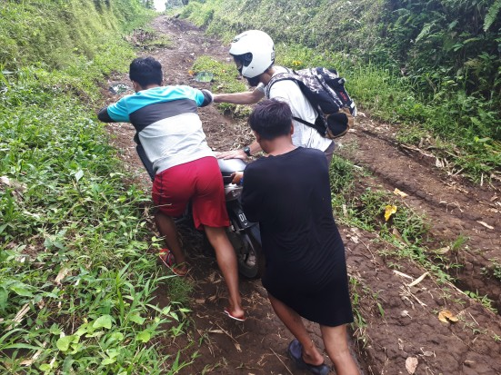 2018 - 03 - Lombok - Tetebatu Moto (8)