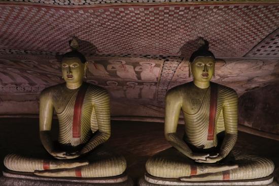 2018-04 - Anuradhapura - Raw (12)